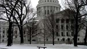 state-capitol-snow